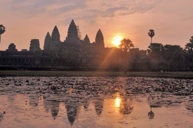 Ангкор-Ват (Камбоджа). Photo credit: magicflute002, Flickr