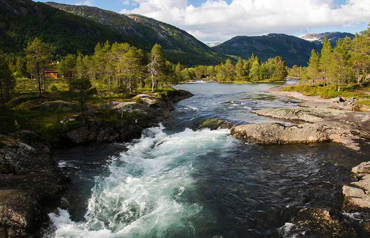 Санфьорд, западные фьорды Норвегии