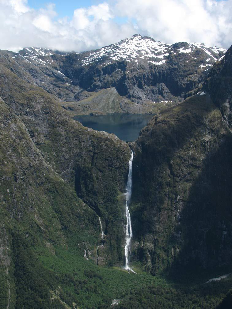 Водопад Сазерленд - 10 самых впечатляющих водопадов мира
