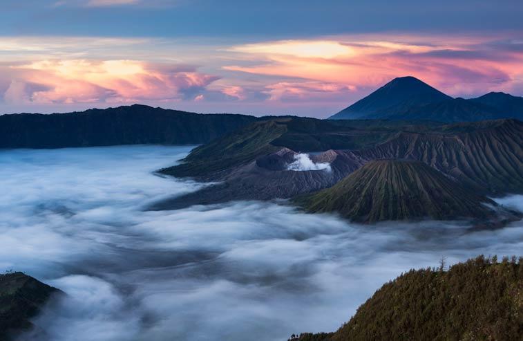 Вулкан Бромо. остров Ява, Индонезия