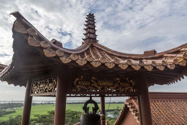Пагода Chua Hang. Фото (photo credit): Natalie Belikova, FiveStepsPhotoblog