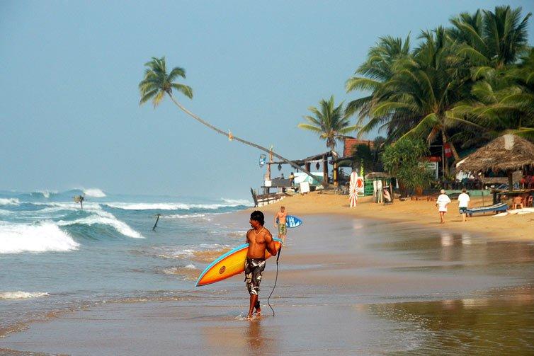 Песчаный пляж в Хиккадува, Шри Ланка