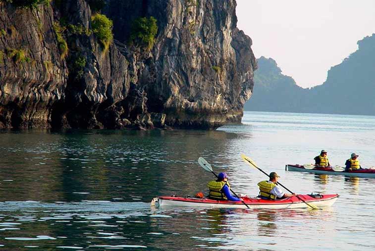 Каякинг, остров Катба, Бухта Халонг