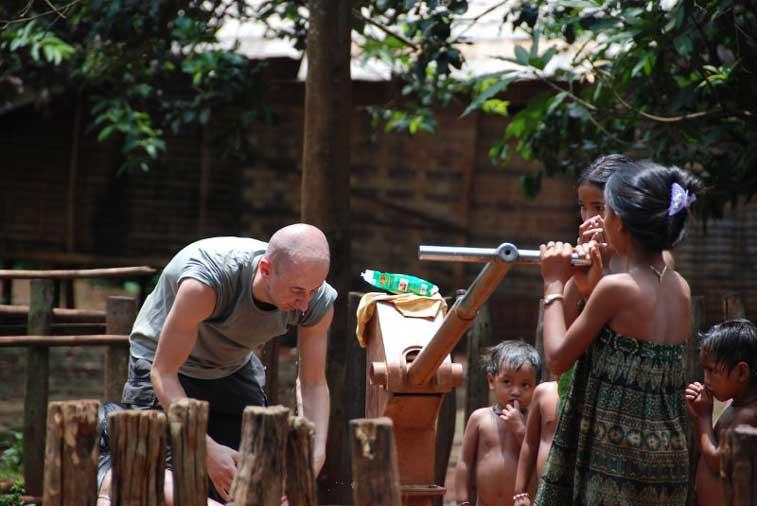 Банлунг, Камбоджа
