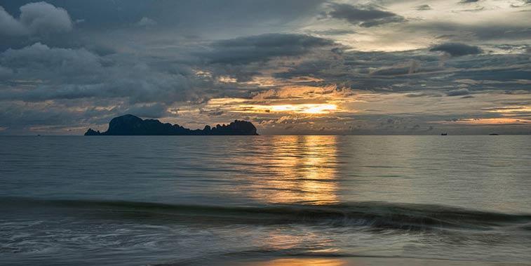 Закат на Ко Сукон, (Таиланд). Photo: dave stamboulis, Flickr