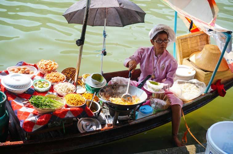 Плавучий рынок Амфава, Центр Таиланда
