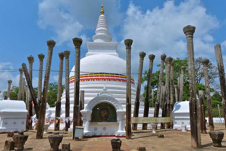 Анурадхапура, Золотой треугольник Шри Ланки