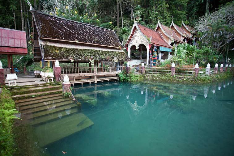 Пещеры Чианг Дао