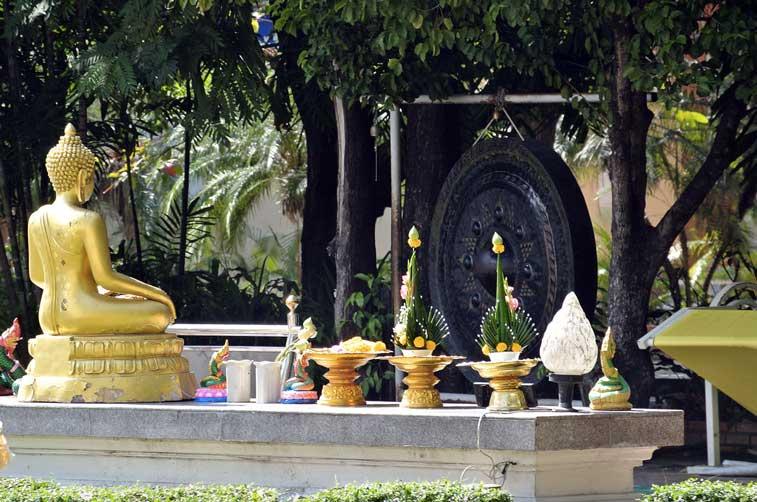 Ват Пра Синг - самостоятельно