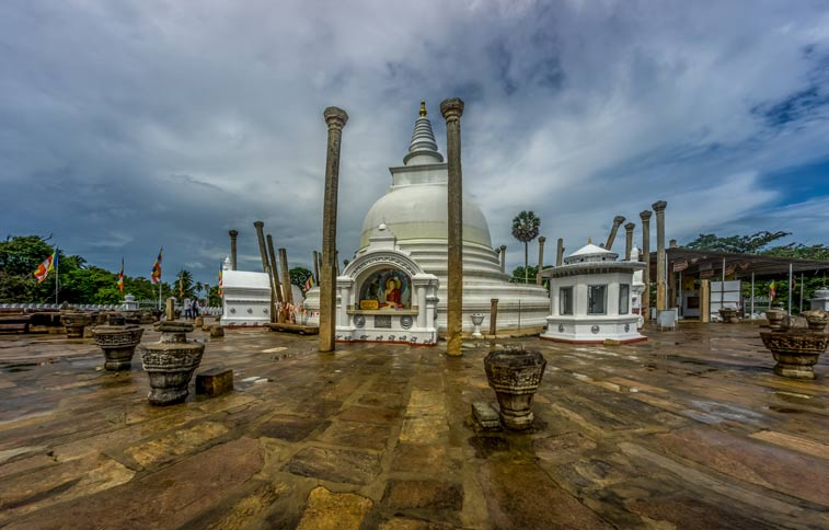 Анурадхапура - самостоятельно