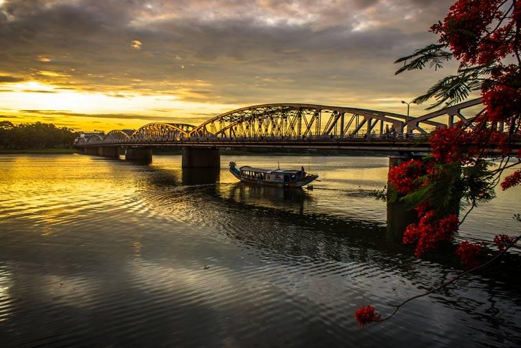 Река Хыонг - Ароматная река в Хюэ