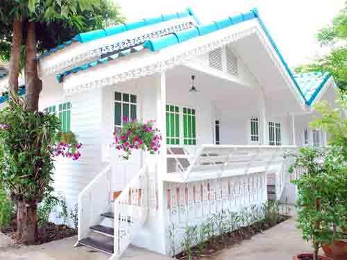 Baan-Luang-Harn