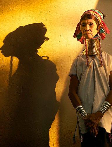 Падаунги Таиланда - люди с кольцами на шее