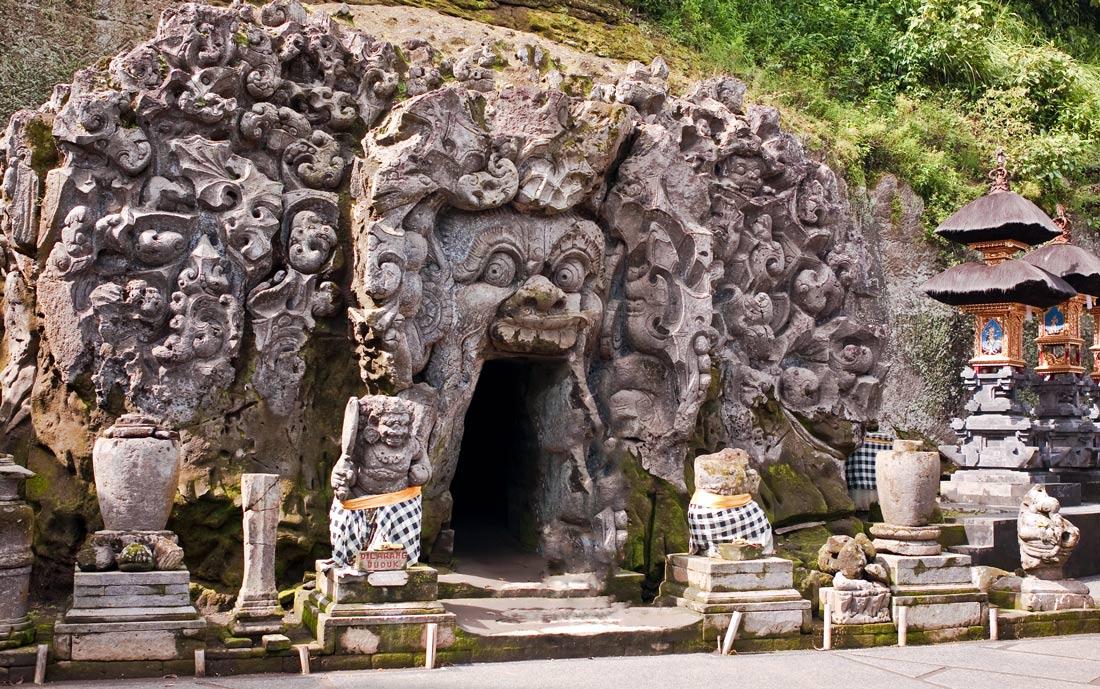 Гоа Гаджах (Goa Gajah)