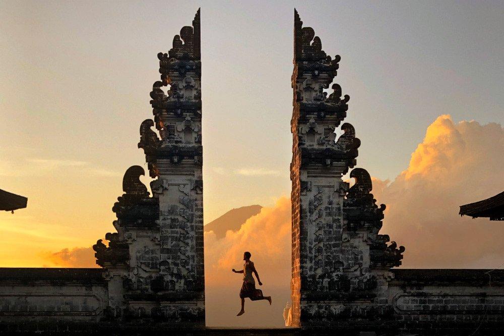 Храм Лемпуянг (Pura Lempuyang Luhur)