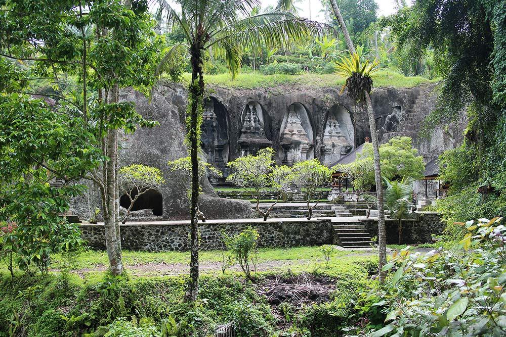 Храм Гунунг Кави (Gunung Kawi)