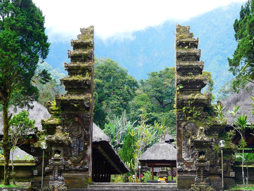 Храм Батукару (Pura Luhur Batukaru)