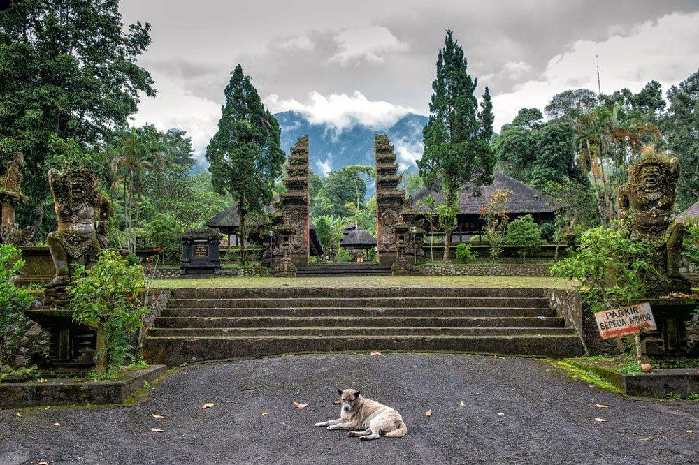 Храм Пура Лухур Батукару